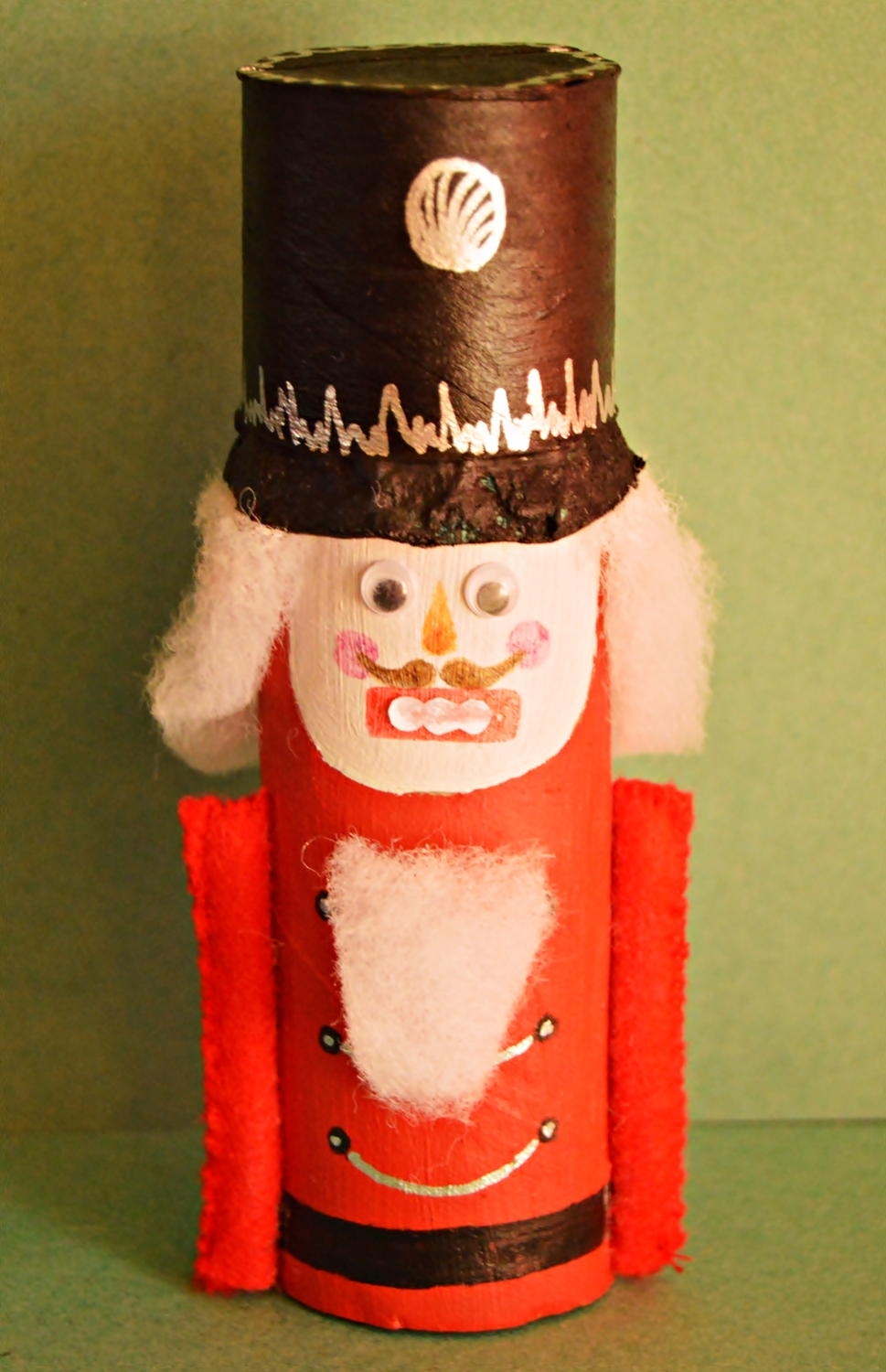 Nutcracker toilet paper roll craft allfreechristmascrafts jeuxipadfo Images