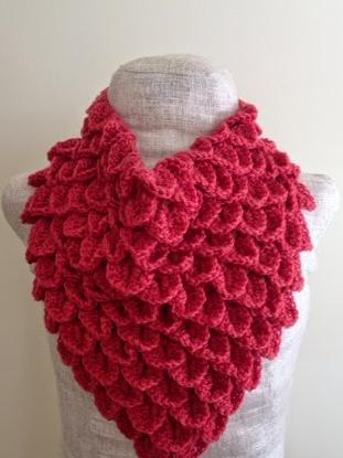 Coral Crocodile Stitch Crochet Cowl Allfreecrochet