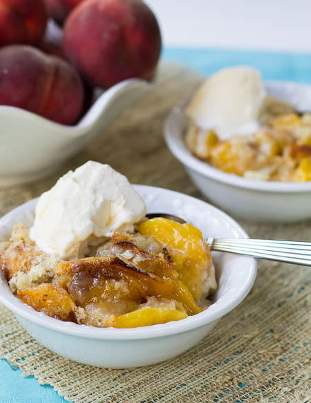 Slow Cooker Southern Peach Cobbler