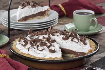 Homemade Chocolate Cream Pie Mrfood Com