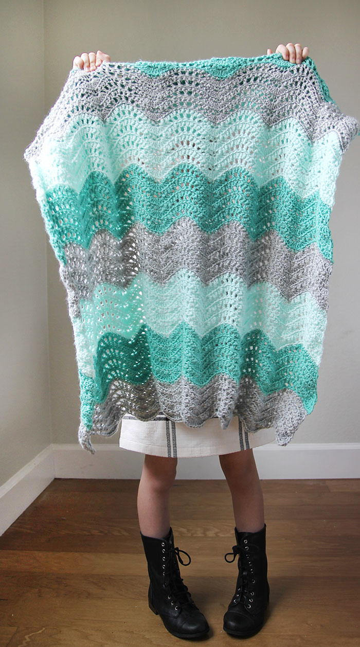 Feather and Fan Baby Blanket | AllFreeCrochet.com