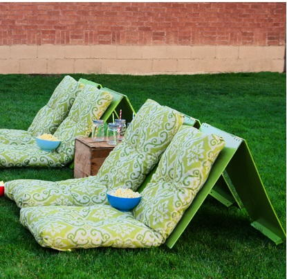 Outdoor Movie DIY Chairs