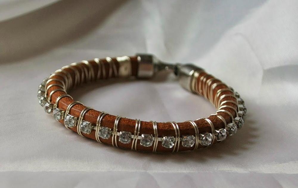 Wire Wrapped Leather Diy Bracelet Allfreejewelrymaking Com