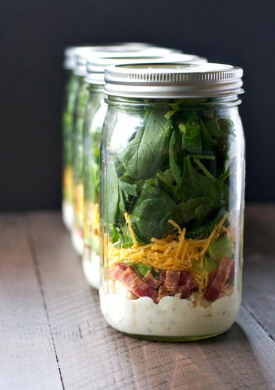 Mason Jar Salads with Chicken, Bacon, and Ranch