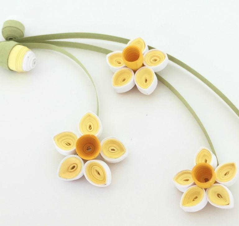 Quilled Paper Daffodils And Buds Allfreepapercrafts Com