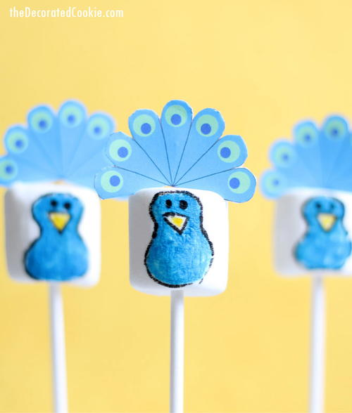Peacock Marshmallow Pops