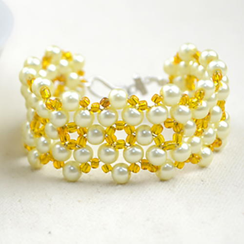 Sunshine Yellow Beaded Bracelet Pattern