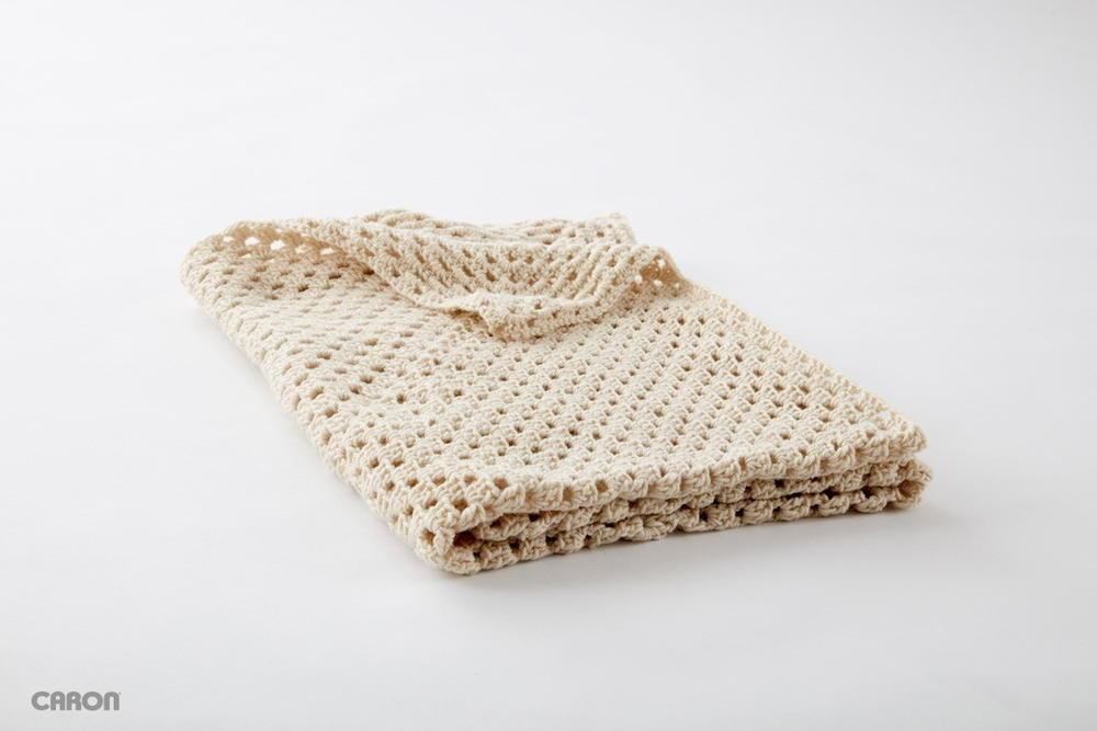 25+ Snuggly Crochet Blanket Patterns for Beginners | AllFreeCrochet.com