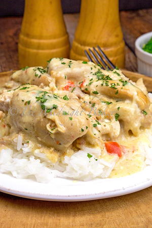 Best Ever Creamy Ranch Slow Cooker Chicken