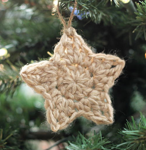 Sweet and Simple Christmas Star | AllFreeCrochet.com