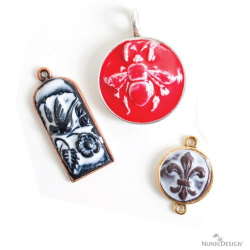 How to make sculpted relief clay pendants allfreejewelrymaking how to make sculpted relief clay pendants aloadofball Image collections