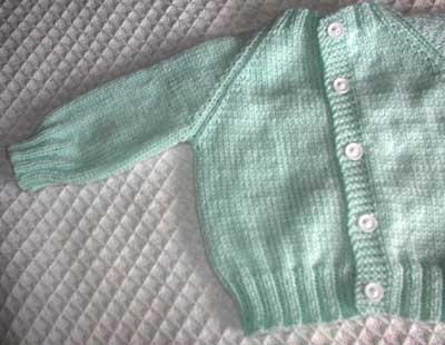 Top Down Raglan Baby Sweater | AllFreeKnitting.com