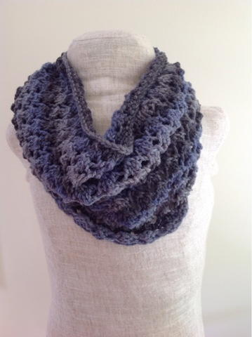 Lacy Cowl Knitting Pattern | AllFreeKnitting.com