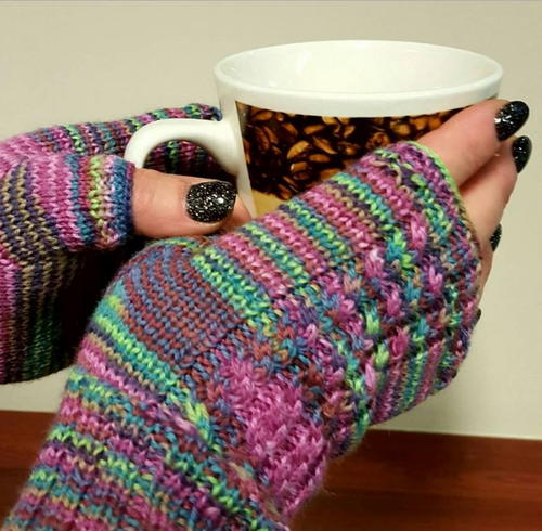 Spunky Cabled Fingerless Gloves