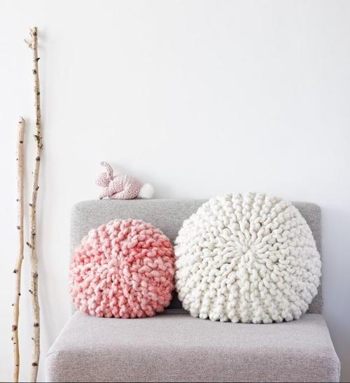 Adorable Super Chunky Pillows Allfreeknitting