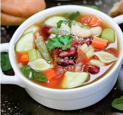Homemade Slow Cooker Minestrone Soup
