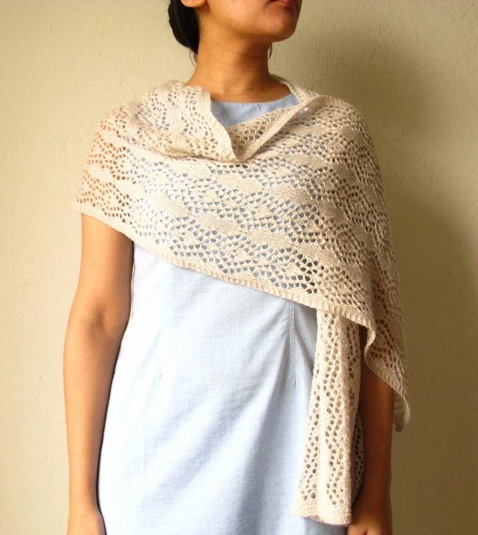Lace Stole Knitting Pattern   AllFreeKnitting.com