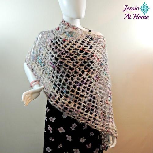 Phoebe Poncho Crochet Pattern | FaveCrafts.com