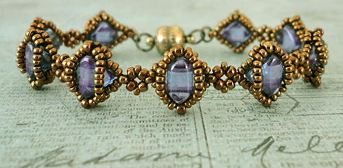Silk Cameo Beaded Bracelet