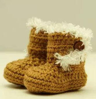How to Crochet Baby Booties Just Like Ugg