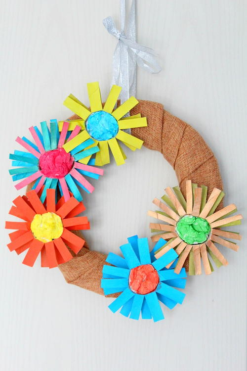 Darling DIY Paper Flower Wreath | DIYIdeaCenter.com
