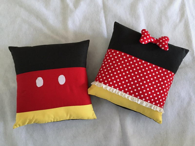 Minnie And Mickey Inspired Pillows Allfreesewing Com