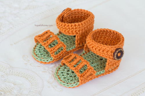 Honeysuckle Baby Sandals Allfreecrochet