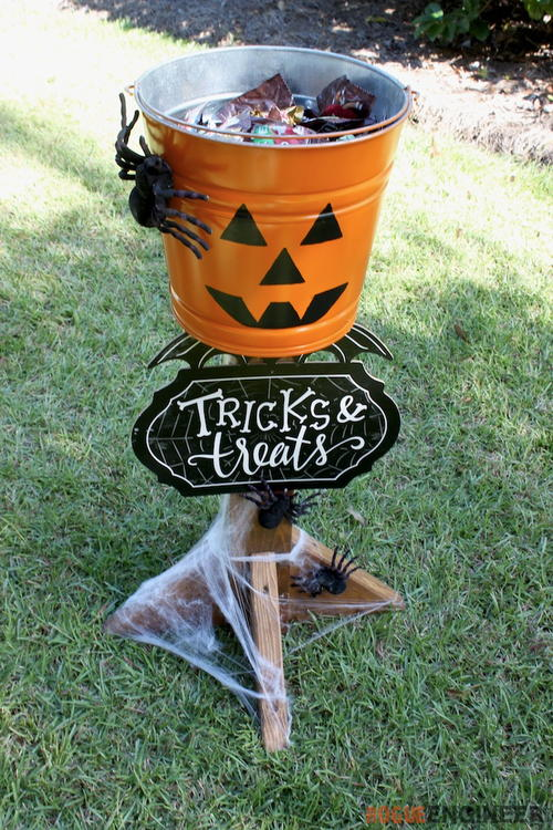 DIY Halloween Candy Stand