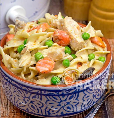 Slow Cooker Extra Creamy Chicken and Noodles