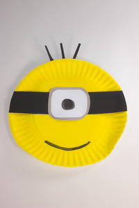 Paper Plate Minion Crafts