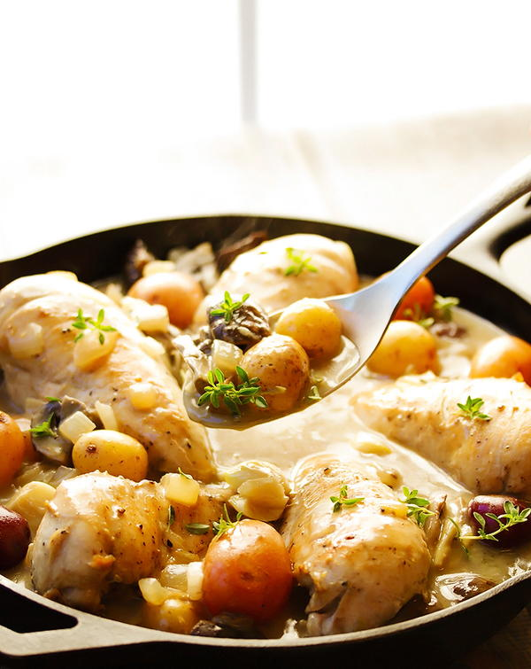 Braised Chicken Breast in a Creamy Wine Sauce