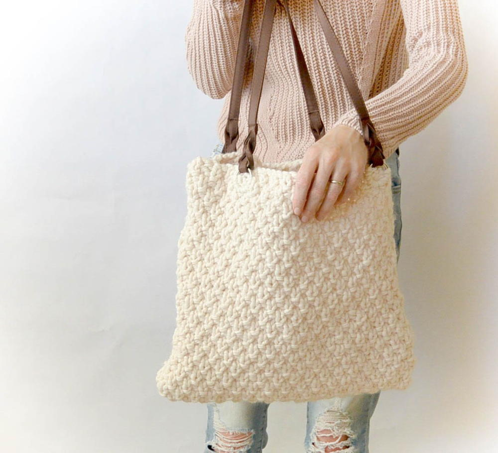 Aspen Mountain Knit Tote | AllFreeKnitting.com
