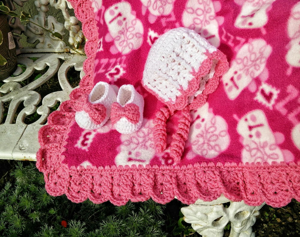 Sweet Shells Crochet Edging And Baby Bonnet