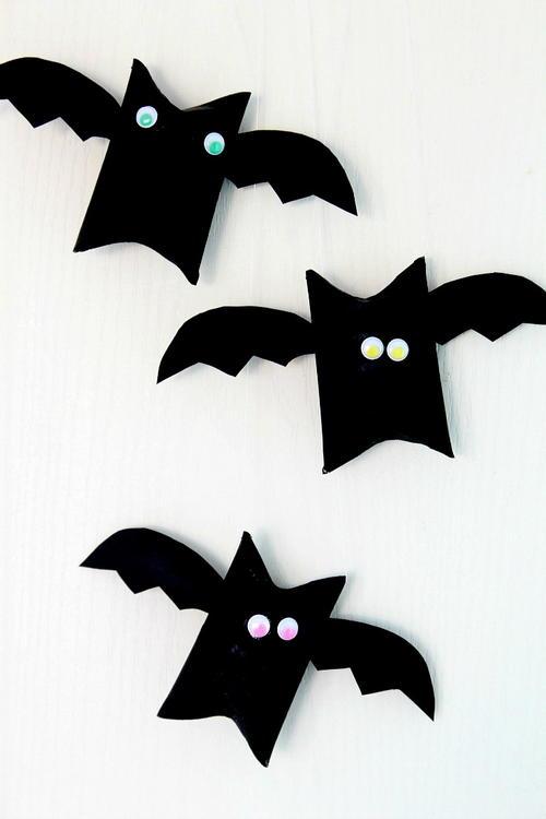 halloween bat toilet paper roll craft