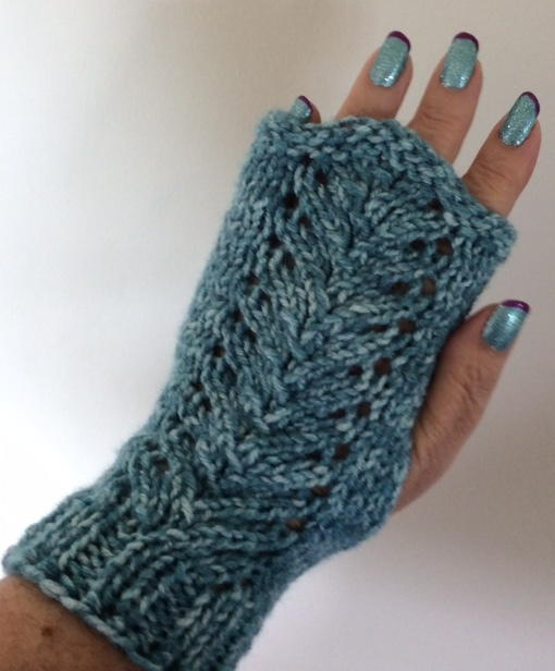 Lacy Vine Fingerless Gloves Allfreeknitting