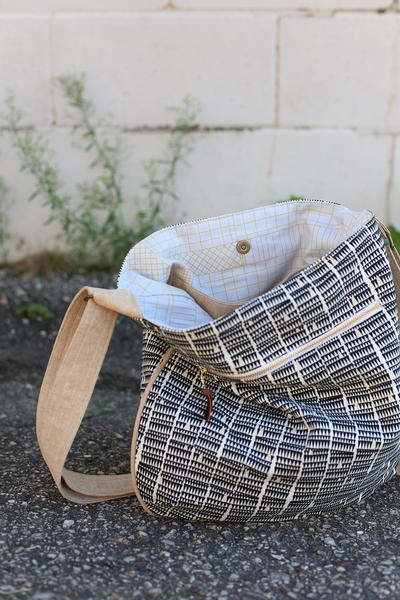 Happy Trails Tote Pattern