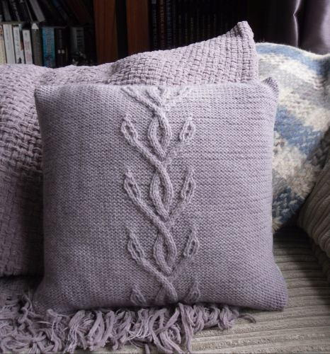 Viney Cables Knit Pillow Allfreeknitting
