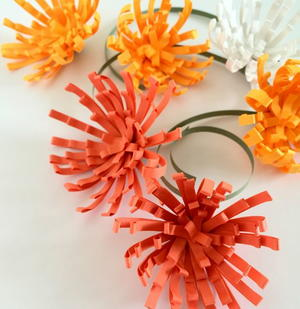 Allfreepapercrafts meet the liveliest little paper flowers you have ever viewed you can make peppy paper mums quilling comb art with a little bit of a different process than mightylinksfo