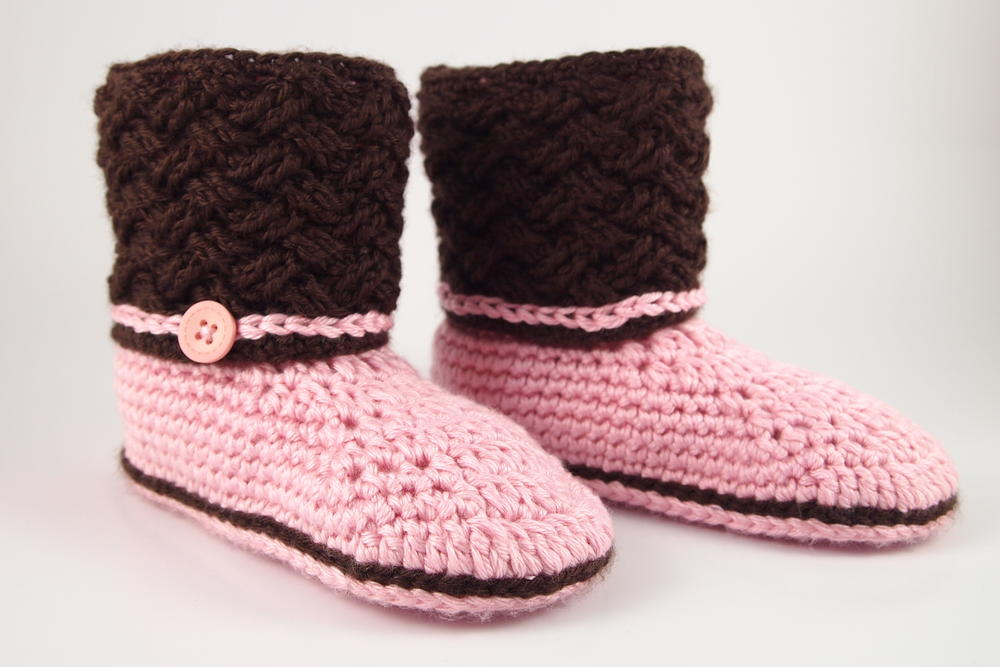 38 Easy Crochet Slippers for Adults and Kids | AllFreeCrochet.com