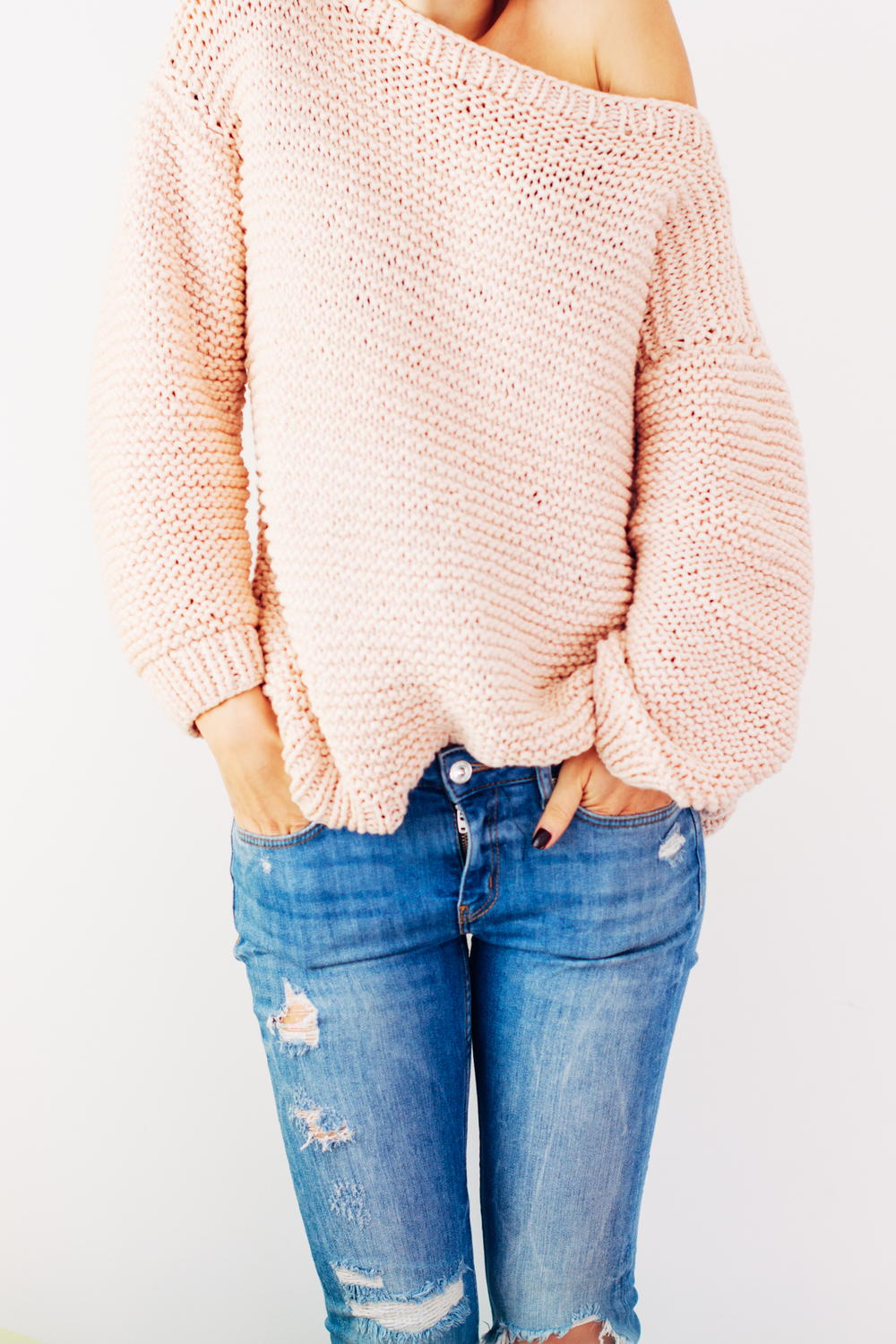 Peachy Keen Oversize Knitted Sweater | AllFreeKnitting.com