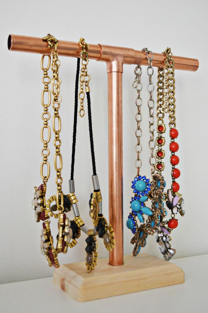 Easy DIY Jewelry Stand
