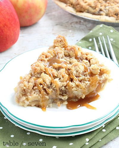 Classic Dutch Apple Pie