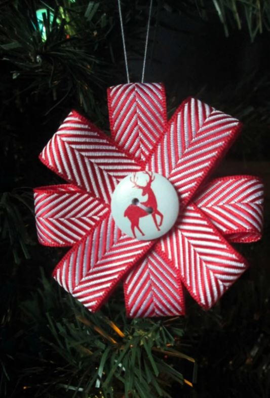 Christmas Ribbon Ornament Tutorial