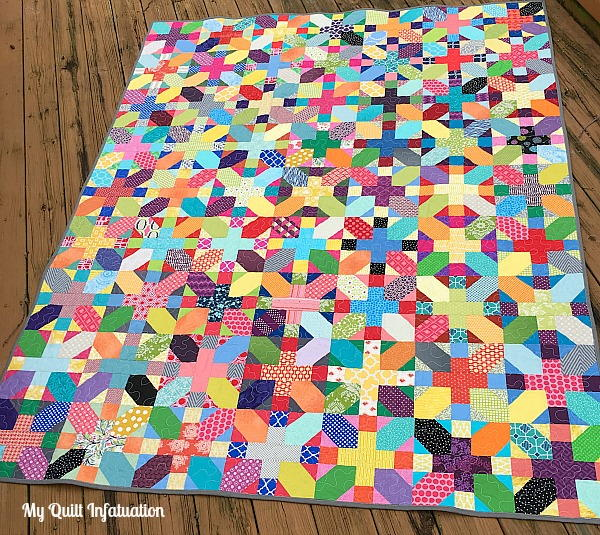 30 free bed quilt patterns to warm up with favequilts scrappy x plus quilt tutorial fandeluxe Choice Image
