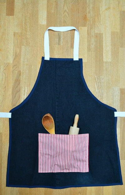 Recycled Denim Apron Tutorial
