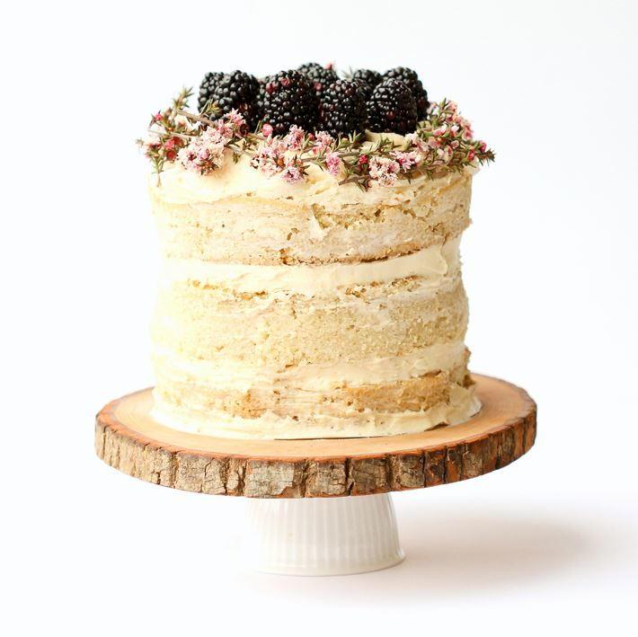 Tree Slice DIY Cake Stand | DIYIdeaCenter.com