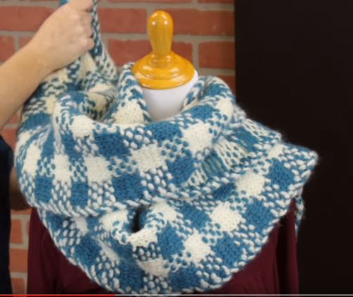 How to Tie a Super Scarf