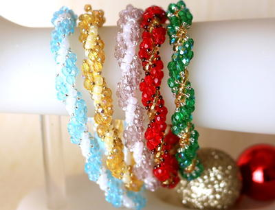 Colorful Christmas Beaded Bracelet