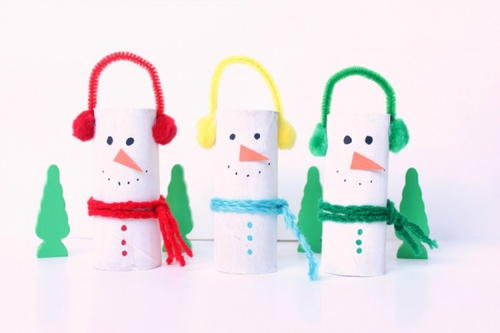 Adorable Snowman Cardboard Tube Craft