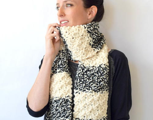 Winter Nights Easy Knit Scarf